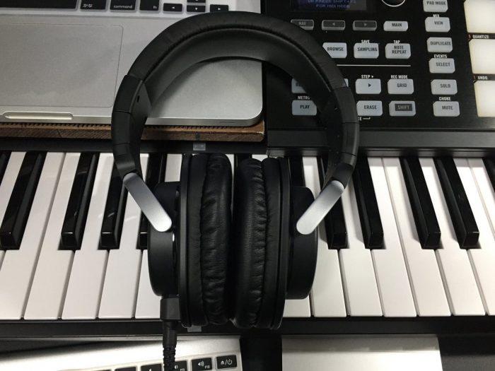 【DTM】モニターヘッドフォン-ヤマハHPH-MT8がすごい